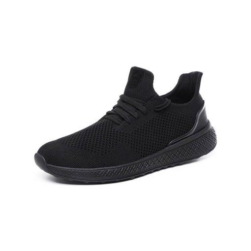 Giày nam đen K400